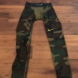 Men's Nike pro combat compression pants